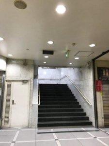 すすきの駅出口3